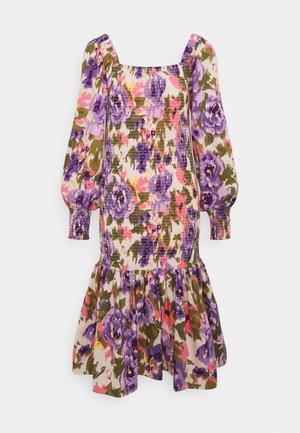 YASCALEIA MIDI DRESS  - Sukienka letnia - eggnog