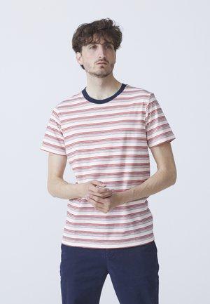 BEN - T-shirt med print - light red