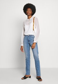 s.Oliver - LANG - Slim fit jeans - middle blue - 1