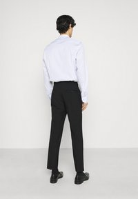 Selected Homme - SLHSLIM MYLOLOGAN CROP SUIT - Kostym - black - 5
