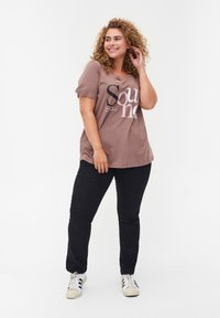 Zizzi - Print T-shirt - deep taupe - 1