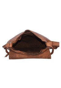 Harold's - Across body bag - cognac - 5