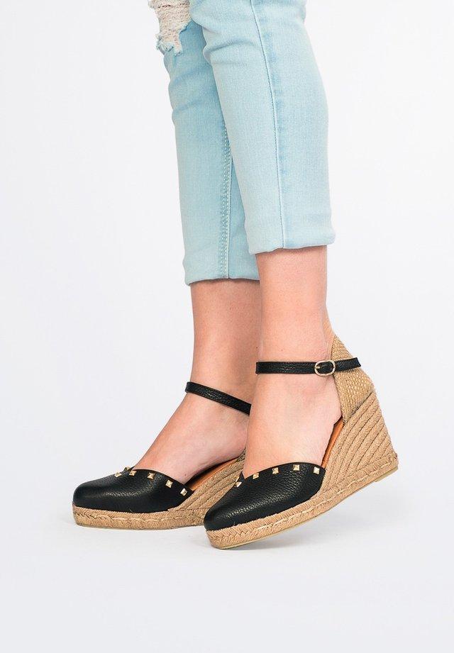 High heeled sandals - black, black