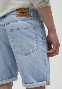 PULL&BEAR - Jeans Short / cowboy shorts - blue-black denim - 4