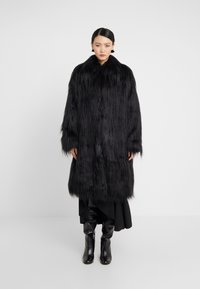 MM6 Maison Margiela - Zimní kabát - black - 0