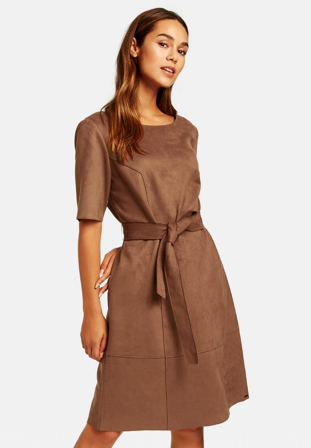 Day dress - truffle brown