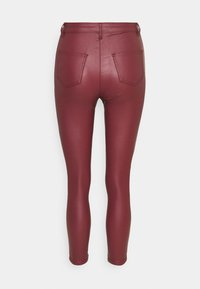 Missguided Petite - VICE HIGH WAISTED COATED SKINNY - Trousers - burgundy - 1