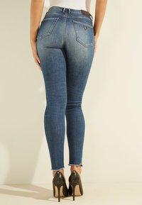 Guess - Jeans Skinny Fit - blau - 2