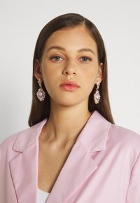 Gina Tricot - JULIE CROPPED  - Blazer - lilacsnow - 5