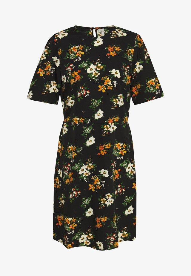 PCMALENE DRESS - Vapaa-ajan mekko - black