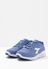 Diadora - EAGLE 2 - Chaussures de running neutres - colony blue/white - 2