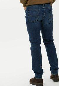 BRAX - STYLE CADIZ - Jeans a sigaretta - dark blue - 2