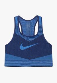 Nike Performance - FENOM SEAMLESS BRA - Sports bra - blue void/light photo blue - 0