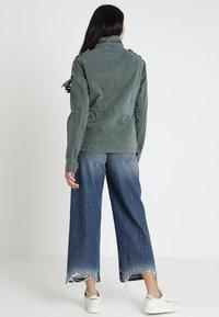 Superdry - KIONA ROOKIE POCKET JACKET - Summer jacket - green - 2