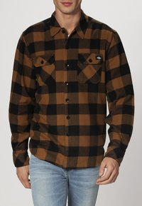 Dickies - SACRAMENTO - Camisa - brown duck - 1