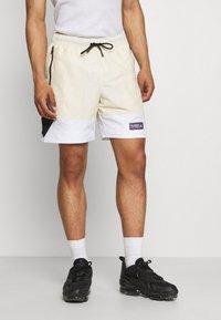 Jordan - Shorts - beach/white/black - 0