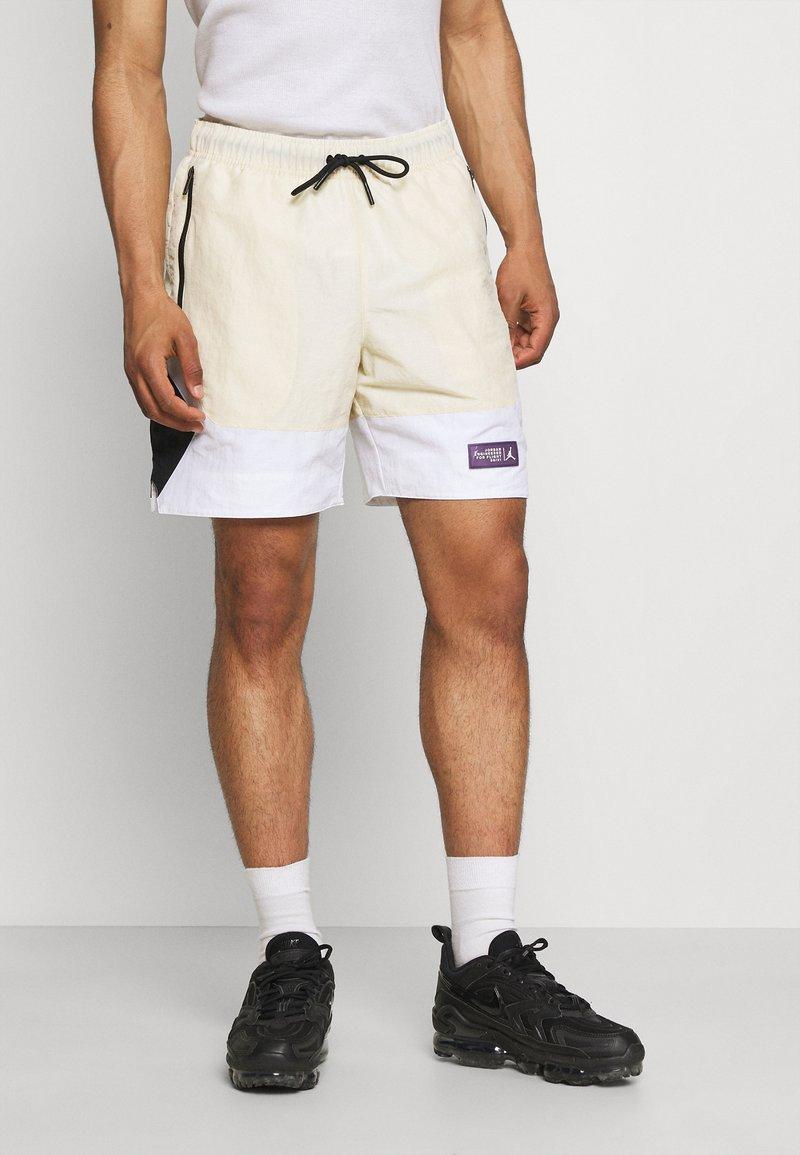 Jordan - Shorts - beach/white/black