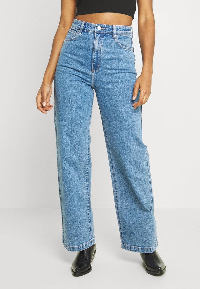 A '94 HIGH & WIDE - Straight leg jeans - debbie