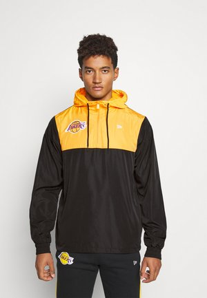 LOS ANGELES LAKERS NBA COLOUR BLOCK - Cortaviento - black/gold