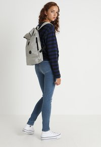 Enter - CITY FOLD TOP BACKPACK - Batoh - melange black - 5