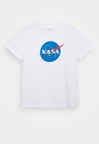 KIDS NASA INSIGNIA TEE - Print T-shirt - white
