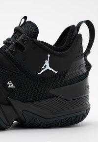 Jordan - WESTBROOK ONE TAKE - Koripallokengät - black/white/anthracite - 5