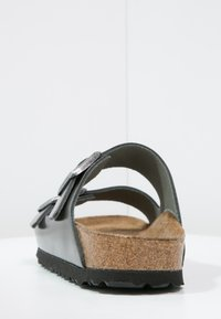 Birkenstock - ARIZONA - Slippers - metallic anthracite - 4