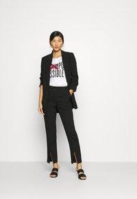 Sisley - Print T-shirt - white - 1