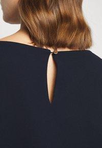 Claudie Pierlot - RIOPA - Shift dress - marine - 4