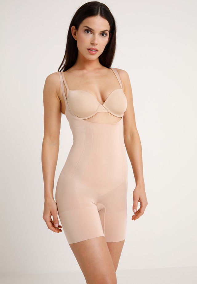 ONCORE OPEN BUST MID THIGH  - Body - soft nude
