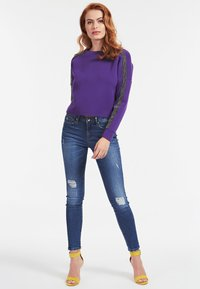 Guess - Sweatshirt - violett - 1
