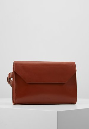 EMPRESS BUMBAG - Bum bag - cognac
