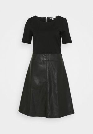 FLARED DRESS - Kjole - black