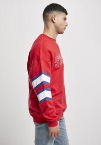 Starter - Sweatshirt - starter red - 3