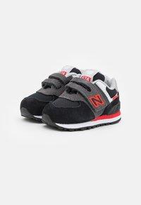 New Balance - IV574SM2 - Trainers - black - 1