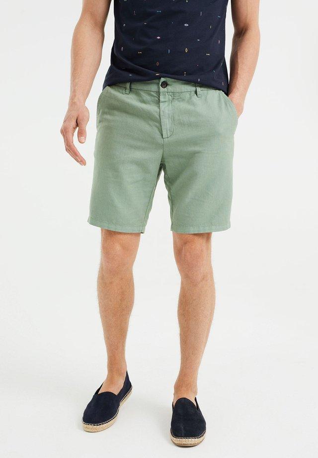 Shorts - mint green