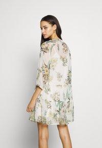 Vero Moda - VMWONDA TUNIC - Day dress - birch - 3