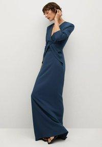 Mango - CARRIE-A - Společenské šaty - dunkles marineblau - 3