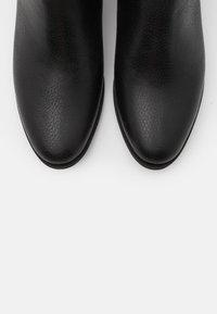 L37 - ROCK`N ME - Classic ankle boots - black - 5
