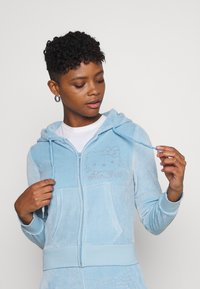 NEW girl ORDER - HOODY - Hettejakke - blue - 3