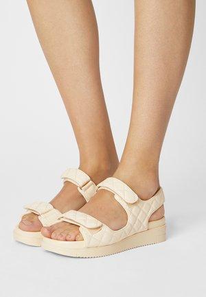KIKII - Platform sandals - other white