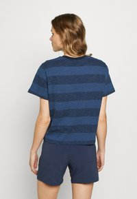 The North Face - WOMEN'S STRIPE - T-shirts med print - urban navy - 2