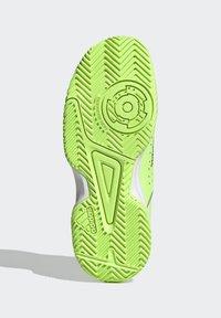 adidas Performance - COURT STABIL UNISEX - Handball shoes - siggnr/royblu/ftwwht - 4