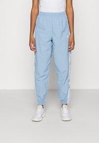 adidas Originals - TRACK PANTS - Pantaloni sportivi - ambient sky - 0