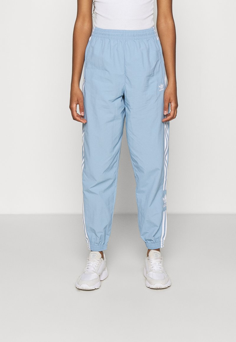adidas Originals - TRACK PANTS - Pantaloni sportivi - ambient sky