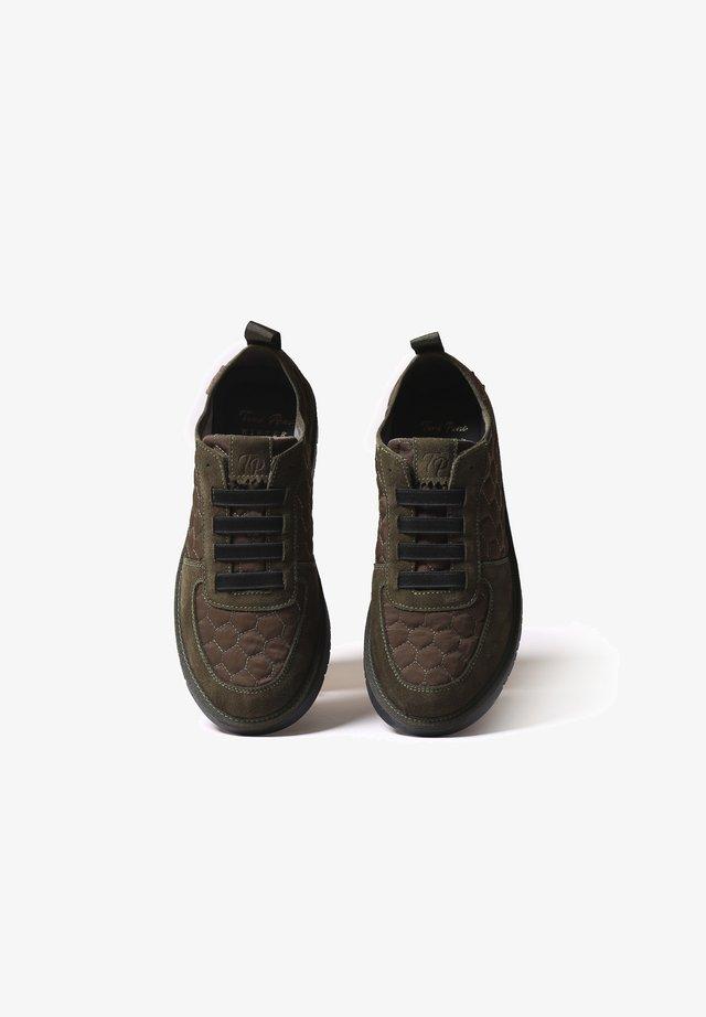 BARI-AB - Chaussures à lacets - caqui