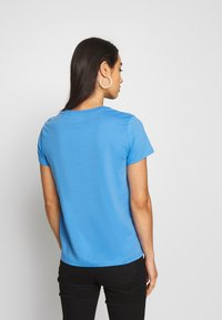 Levi's® - THE PERFECT TEE - T-shirt imprimé - marina - 2