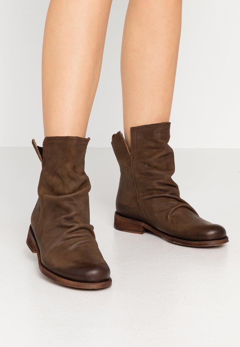 Felmini - SERPA - Kotníkové boty - cobre