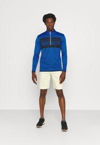 Calvin Klein Golf - TAYLOR CHEST HALF ZIP - Sweatshirt - nautical blue - 1