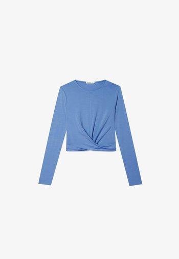 IN WICKELOPTIK - Long sleeved top - blue